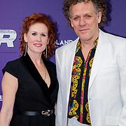 NLD/Amsterdam/20190415 - Filmpremiere première Baantjer het Begin, Kees van der Spek en partner Annabelle