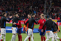 December 16, 2017 - Madrid, Madrid, Spain - Both teams clap hands..Atletico de Madrid won by 1 to 0 whit goal of Fernando Torres. Atletico becomes second of La Liga. (Credit Image: © Jorge Gonzalez/Pacific Press via ZUMA Wire)