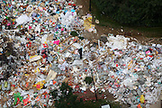 XI\'AN, CHINA - SEPTEMBER 19: (CHINA OUT) <br /> <br />  Streets are full of garbage<br /> <br /> Streets are full of garbage at a community on September 19, 2014 in Xi'an, Shaanxi province of China. Streets were covered with garbages on September 19, 2014 in Xi'an, Shaanxi province of China.<br /> ©Exclusivepix