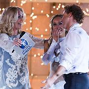 NLD/Ede/20110415 - Finale Sterren Dansen op het IJs 2011, Nance Coolen en winnaars Michael Boogerd en Darya Nucci