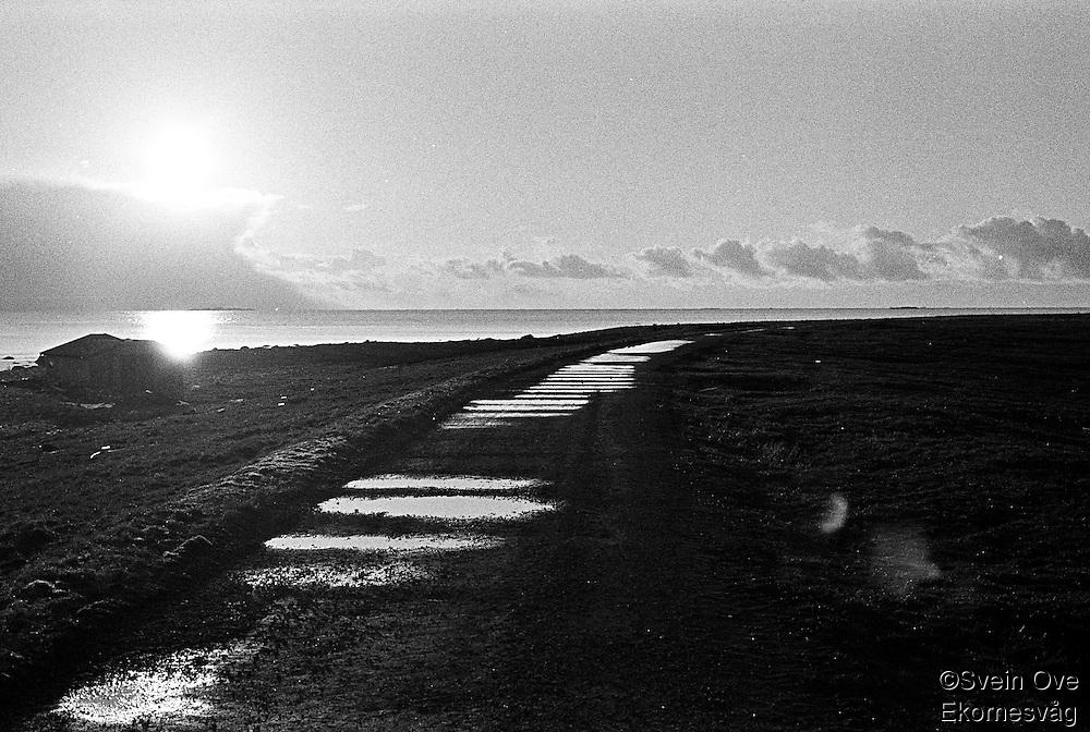 Solnedgang på Kvalneset på Giske.<br /> Foto: Svein Ove Ekornesvåg