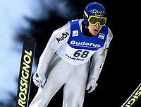 Hopp: 21.11.2001 Predazzo, Italien,<br />Der Deutsche Sven Hannawald am Freitag (21.12.2001) bei Weltcup Skispringen im italienischen Predazzo. <br />Foto: Digitalsport