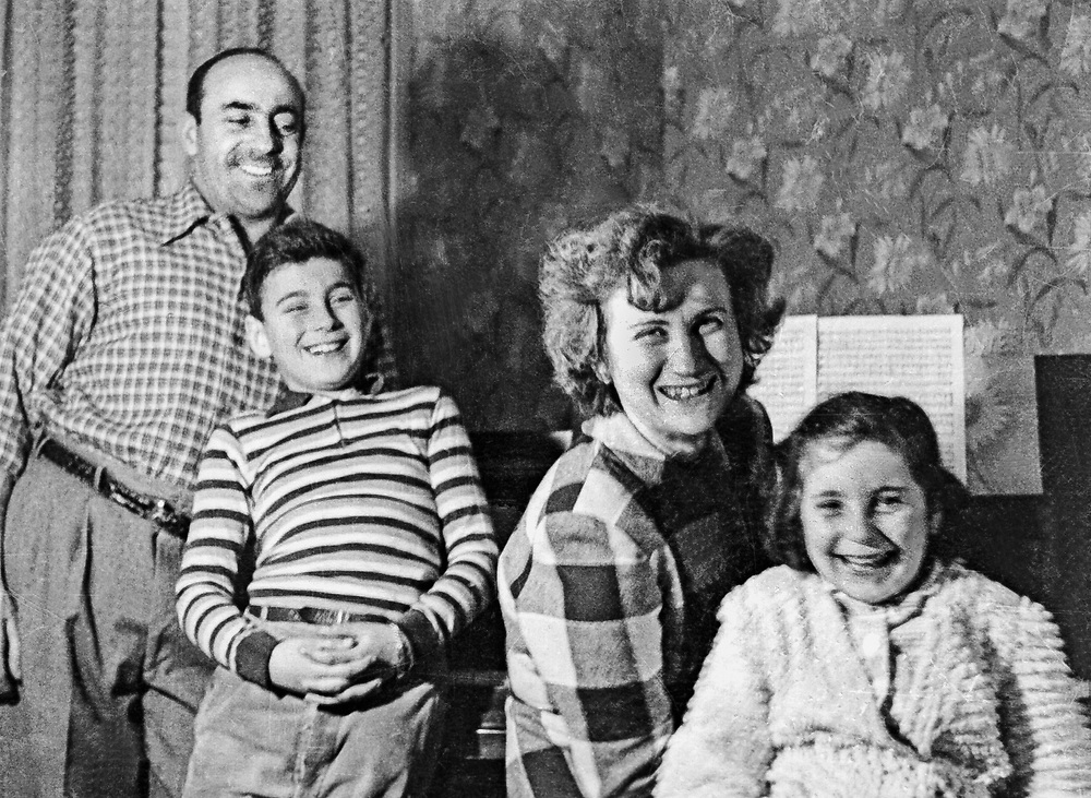 johnny and lilly and ira and gail