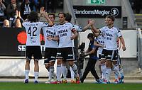 Fotball Tippeligaen Rosenborg - Brann<br /> 27 april 2014<br /> Lerkendal Stadion, Trondheim<br /> <br /> <br /> Jonas Svensson har scoret 2-1 for Rosenborg, og Mikkel Mix Diskerud (42) kommer for å gratulere Morten Gamst Pedersen (midten) og Tore Reginiussen. Helt til høyre : Jørgen Skjelvik<br /> <br /> <br /> <br /> Foto : Arve Johnsen, Digitalsport