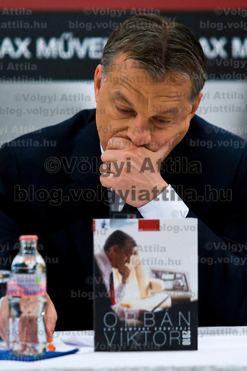 Viktor Orban attends the official premier of the photo book by Barna Burger covering the victorious election campaign of Hungarian opposition leader Viktor Orban that led him to becoming prime minister. Budapest, Hungary. Thursday, 29. April 2010. ATTILA VOLGYI