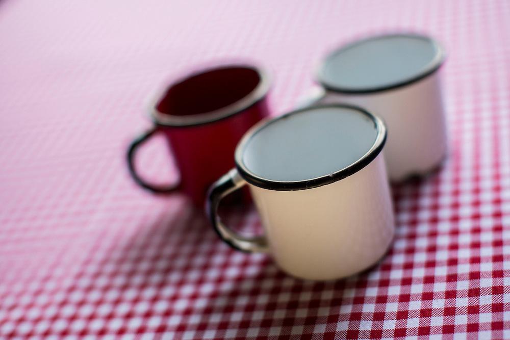 Belo Horizonte_MG, Brasil.<br /> <br /> Detalhe de caneca esmaltada.<br /> <br /> A cup.<br /> <br /> Foto: BRUNO MAGALHAES / NITRO