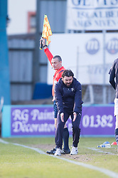Dundee's manager Paul Hartley gets excited and handles the ball. <br /> Dundee 1 v 1 Inverness Caledonian Thistle, SPFL Ladbrokes Premiership game played at Dens Park, 27/2/2016.