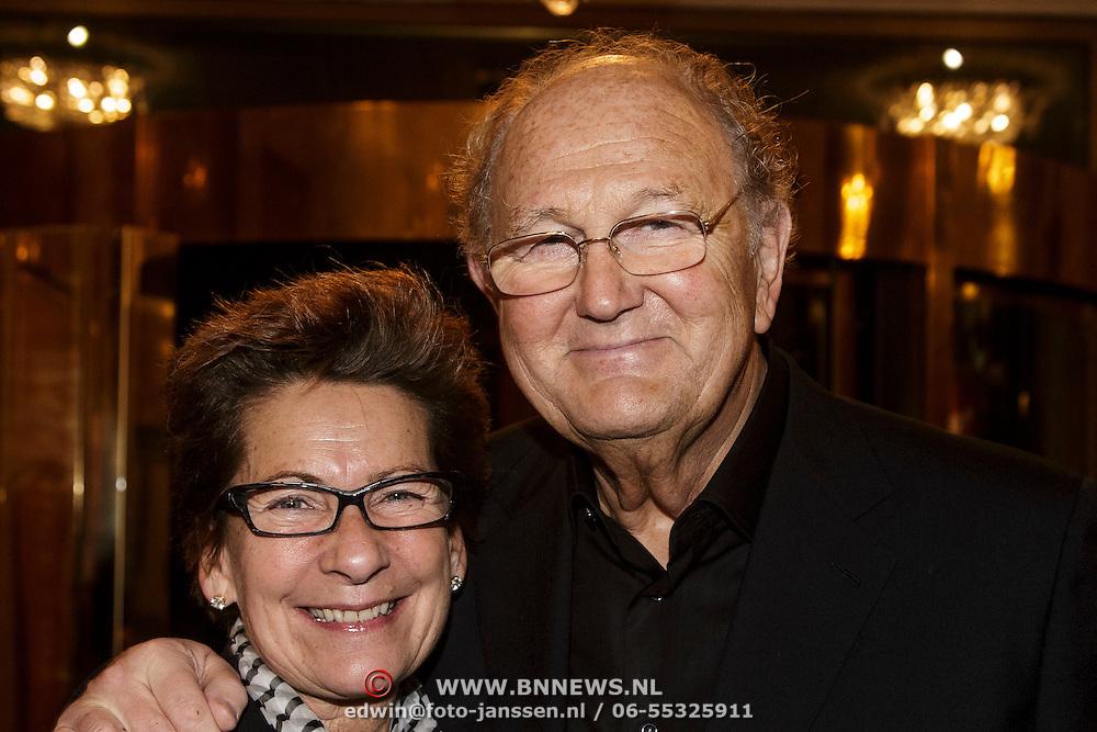 NLD/Amsterdam/20150202 - Willeke Alberti 70 jaar, Joop van der Ende en partner Janine Klijburg