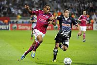FOOTBALL - UEFA CHAMPIONS LEAGUE 2011/2012 - GROUP STAGE - GROUP D - OLYMPIQUE LYONNAIS v DINAMO ZAGREB - 27/09/2011 - PHOTO JEAN MARIE HERVIO / DPPI -  JIMMY BRIAND (OL) / LUIS IBANEZ (ZAG)