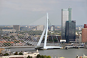 Nederland, Rotterdam, 15-9- 2012Stadsgezicht, stadsgezichten. Uitzicht op Erasmusbrug, rivier de Maas, hoogbouw Deloite en Tuoch.Foto: Flip Franssen/Hollandse Hoogte