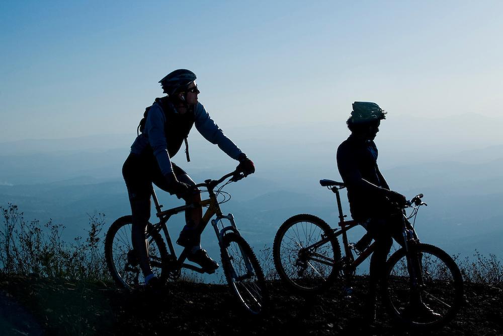 Belo Horizonte _ MG, Brasil.. Ciclismo no Topo do Mundo... Cycling of the Topo do Mundo...Foto: BRUNO MAGALHAES /  NITRO.