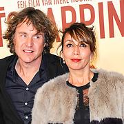 NLD/Amsterdam/20150420 - Premiere de Ontsnapping, nada van Nie en partner Frank Bakker