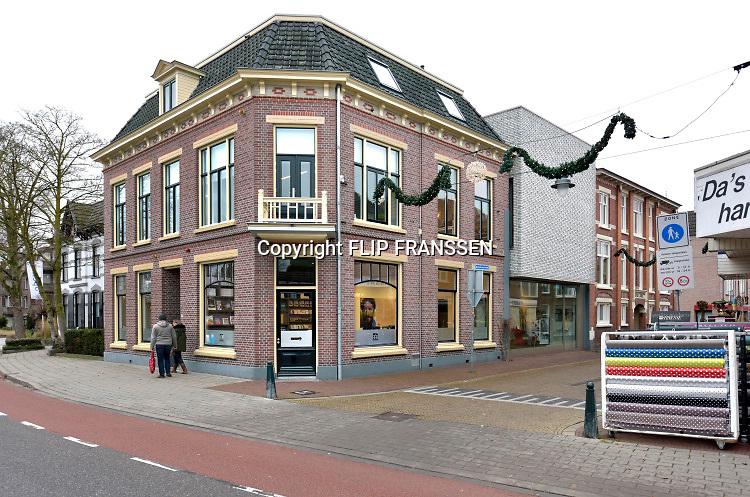 Nederland, Winterswijk, 10-1-2019Villa Mondriaan is een museum in Winterswijk, gewijd aan het het werk van de jonge Piet Mondriaan. Mondriaan woonde in zijn jeugdjaren in Winterswijk. Het museum omvat de villa, uiterst links, het hoekhuis ernaast en een moderne aanbouw aan de centrumzijde, rechts op de foto.Foto: Flip Franssen