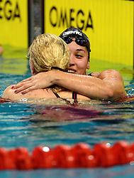 10-04-2014 NED: NK Swim Cup, Eindhoven<br /> Ranomi Kromowidjojo feliciteert Sarah Sjostrom SWE, 50 meter vrij