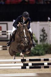 Becker Otto-Dobel's Padarco<br /> World Cup Final Show Jumping Las vegas 2000<br /> Photo © Dirk Caremans