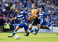 Photo. Chris Ratcliffe<br /> Reading v Wolverhampton Wanderers. Coca Cola Championship. 30/04/2005<br /> Glen Little of Reading goes clear of Lee Naylor of Wolves