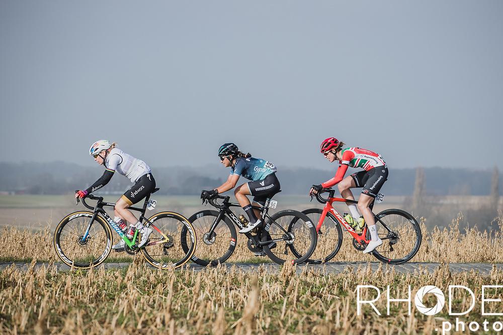 Anna van der Breggen (NED/SD Worx), Natalie Van Gogh (NED/Bingoal Casino-Chevalmeire Cycling), Isabelle Beckers (BEL/Team Rupelcleaning), cobbles<br /> <br /> 13th Women's Omloop Het Nieuwsblad 2021 <br /> 1 Day Race: Gent – Ninove 124km<br /> <br /> ©Rhode.Photo