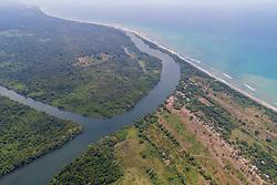 Luftaufnahme der Laguna La Salada, Lagune Cuero y Salado, Honduras / Aerial View from Lagoon of Cuero y Salado, Choluteca, Laguna La Salada, Honduras