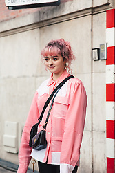 Street Style, Maisie Williams arriving at JW Anderson Menswear Fall Winter 2019 ready-to-wear show, held at Paris Fashion Week, on January 16th, 2019. Photo by Mila Belrose/ABACAPRESS.COM