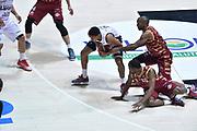 DESCRIZIONE : Bologna Lega A 2015-16 Obiettivo Lavoro Virtus Bologna - Umana Reyer Venezia<br /> GIOCATORE : Mike Green<br /> CATEGORIA : Terra<br /> SQUADRA : Umana Reyer Venezia<br /> EVENTO : Campionato Lega A 2015-2016<br /> GARA : Obiettivo Lavoro Virtus Bologna - Umana Reyer Venezia<br /> DATA : 04/10/2015<br /> SPORT : Pallacanestro<br /> AUTORE : Agenzia Ciamillo-Castoria/G.Ciamillo<br /> <br /> Galleria : Lega Basket A 2015-2016 <br /> Fotonotizia: Bologna Lega A 2015-16 Obiettivo Lavoro Virtus Bologna - Umana Reyer Venezia
