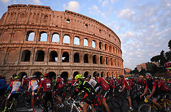 ROME, Oct. 14, 2018  Cyclists ride past the Colosseo during the ''Campagnolo Granfondo Roma'' cycling event in Rome, Italy, Oct. 14, 2018. About 5,000 cyclists take part in the seventh edition of the ''Campagnolo Granfondo Roma' (Credit Image: © Alberto Lingria/Xinhua via ZUMA Wire)