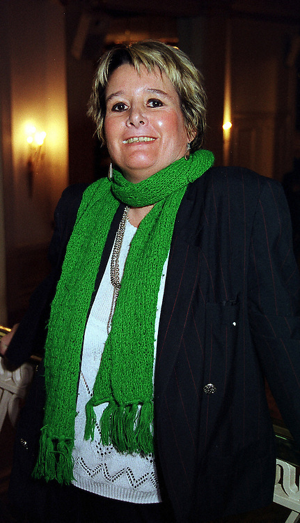 Writer the HON.ELEANOR BERRY, at a luncheon in London on 23rd February 2000.OBJ 69