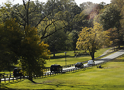 October 29, 2016 - Rockville, Maryland, United States of America - US Presidential motorcade arrives at the Woodmont Country Club in Rockville, Maryland, where United States President Barack Obama will go golfing, October 29, 20016. .Credit: Aude Guerrucci / Pool via CNP (Credit Image: © Aude Guerrucci/CNP via ZUMA Wire)