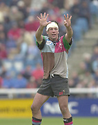 Twickenham, Surrey, England,  UK., 14/05/2003, Quin's Captain Andre Vos ,indicates  eight minutes to go during, the Zurich Premiership Rugby match, NEC Harlequins vs Leicester Tigers, played at the Stoop Memorial Ground, [Mandatory Credit: Peter Spurrier/Intersport Images]