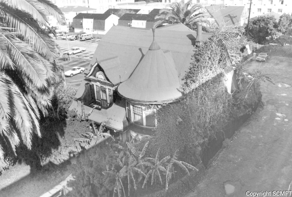 1974 Front and east view of the Carrie Janes residence on Hollywood Blvd.