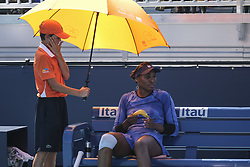 March 22, 2019 - VENUS WILLIAMS rests between sets during her match in the second round of the Miami Open against Spain's Carla Suarez Navarro. (Credit Image: © Adam DelGiudice/ZUMA Wire)
