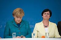 DEU, Deutschland, Germany, Bad Köstritz, 15.09.2013: <br />Bundeskanzlerin Dr. Angela Merkel (L) mit Thüringens Ministerpräsidentin Christine Lieberknecht (CDU, R) bei einer Wahlkampfveranstaltung der CDU auf dem Gelände der Köstritzer Schwarzbierbrauerei.