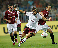 Photo: AF Wrofoto/Sportsbeat Images.<br />Sparta Prague v Arsenal. UEFA Champions League Qualifying. 15/08/2007.<br />Mathieu Flamini of Arsenal battles with Jiri Kladrubsky of Sparta