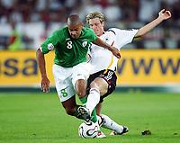 Fotball<br /> EM-kvalifisering<br /> 02.09.2006<br /> Tyskland v Irland<br /> Foto: Witters/Digitalsport<br /> NORWAY ONLY<br /> <br /> v.l. Andy O`Brien, Marcell Jansen GER