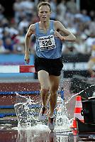 Friidrett<br /> IAAF Grand Prix II - Heusden i Belgia<br /> 02.08.2003<br /> Jim Svenøy ble nummer elleve på 3000 meter hinder med tiden 8.36.57.<br /> <br /> Foto: Nico Vereecken, Digitalsport