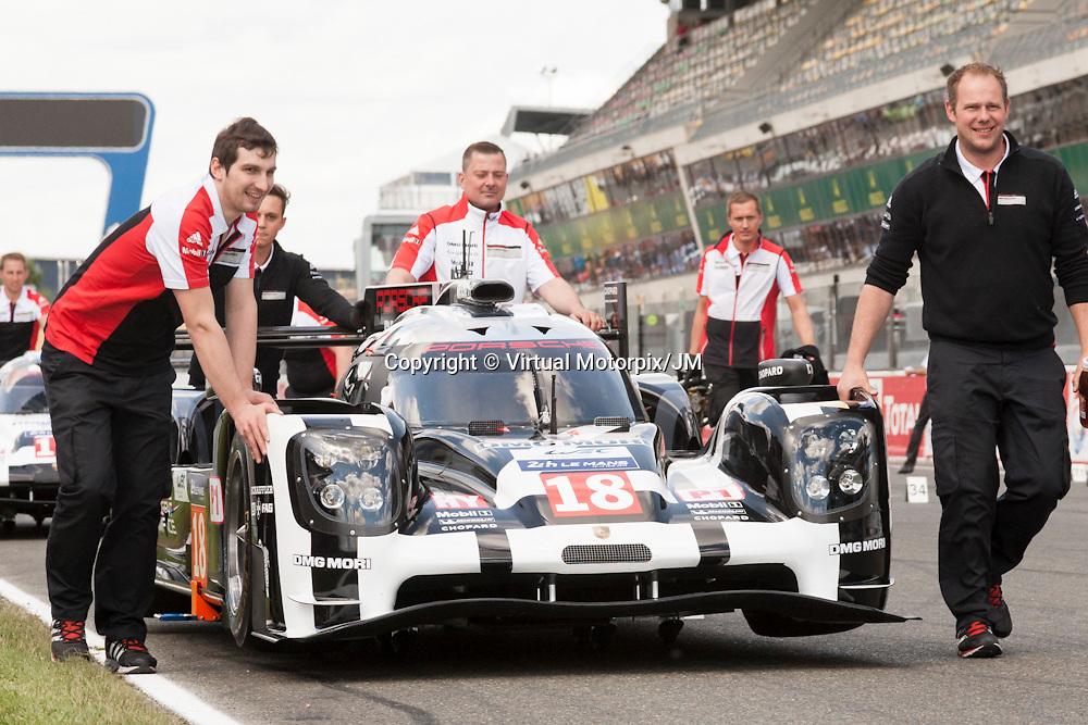 #18 Porsche 919 Hybrid, Team Porsche driven by Romain Dumas , Neel Jani , Marc Lieb, Le Mans 24hr 2015 Test Day