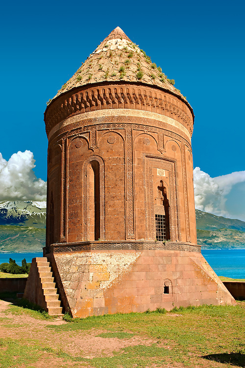 Ulu Kumbet [ Great Tomb ] Thirteenth century Mongol . Ahlet, Lake Van, Turkey 1 .<br /> <br /> If you prefer to buy from our ALAMY PHOTO LIBRARY  Collection visit : https://www.alamy.com/portfolio/paul-williams-funkystock/lakevanturkey.html<br /> <br /> Visit our TURKEY PHOTO COLLECTIONS for more photos to download or buy as wall art prints https://funkystock.photoshelter.com/gallery-collection/3f-Pictures-of-Turkey-Turkey-Photos-Images-Fotos/C0000U.hJWkZxAbg
