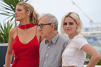 Actress Blake Lively, Director Woody Allen and Actress Kristen Stewart at the Café Society film photo call at the 69th Cannes Film Festival Wednesday 11th May 2016, Cannes, France. Photography: Doreen Kennedy
