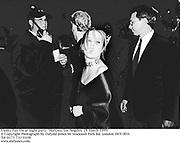 Vanity Fair Oscar night party. Mortons. Los Angeles. 28 March 1999.<br />© Copyright Photograph by Dafydd Jones 66 Stockwell Park Rd. London SW9 0DA<br />Tel 0171 733 0108<br />www.dafjones.com