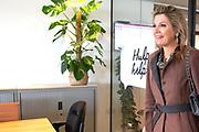 Koningin Maxima bij vrijwilligersdag Stichting 113 Zelfmoordpreventie. De landelijke organisatie met de hulplijn staat mensen bij die aan zelfmoord denken.<br /> <br /> Queen Maxima at volunteer day Foundation 113 Suicide prevention. The national organization with the helpline assists people who think of suicide.