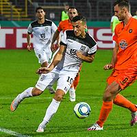 12.09.2020, Donaustadion, Ulm, GER, DFB Pokal, SSV Ulm 1846 Fussball vs FC Erzgebirge Aue, <br /> DFL REGULATIONS PROHIBIT ANY USE OF PHOTOGRAPHS AS IMAGE SEQUENCES AND/OR QUASI-VIDEO, <br /> im Bild Ardian Morina (Ulm, #10), Florian Ballas (Aue, #6)<br /> <br /> Foto © nordphoto / Hafner