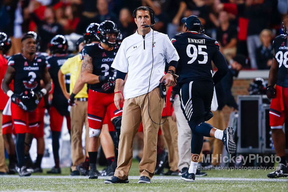 CINCINNATI, OH - OCTOBER 21: Head coach Luke Fickell of the Cincinnati Bearcats is seen during the game against the Southern Methodist Mustang at Nippert Stadium on October 21, 2017 in Cincinnati, Ohio. (Photo by Michael Hickey/Getty Images) *** Local Caption *** Luke Fickell