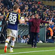 Bursaspor's coach Senol Gunes (R) during their Turkish superleague soccer match Fenerbahce between Bursaspor at the Sukru Saracaoglu stadium in Istanbul Turkey on Monday 20 April 2015. Photo by Kurtulus YILMAZ/TURKPIX