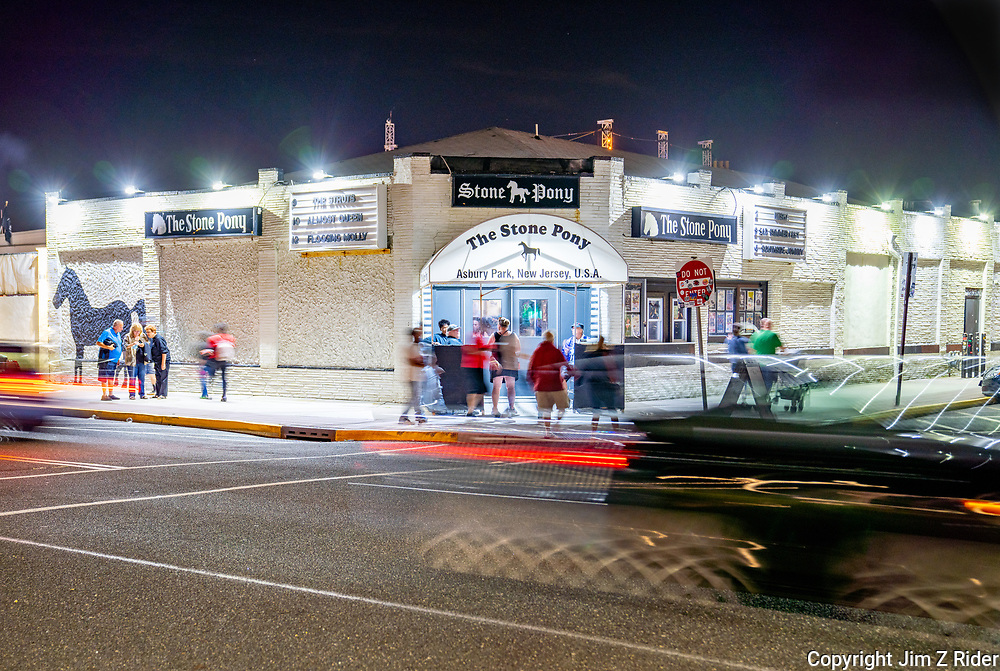 The Stone Pony, the legendary venue that's famous for launching the careers of both Bruce Springsteen and Jon Bon Jovi, sits just off of the Asbury Park boardwalk. Several other music venues, like the Wonder Bar, feature music from popular groups and up-and-coming musicians.