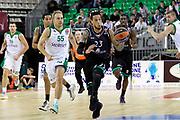 DESCRIZIONE : Siena Eurolega Euroleague 2013-14 MPS Zielona Montepaschi Siena<br /> GIOCATORE : Daniel Hackett<br /> CATEGORIA : contropiede<br /> SQUADRA : Montepaschi Siena<br /> EVENTO : Eurolega Euroleague 2013-2014<br /> GARA : MPS Zielona Montepaschi Siena<br /> DATA : 05/12/2013<br /> SPORT : Pallacanestro <br /> AUTORE : Agenzia Ciamillo-Castoria/ P.Lazzeroni<br /> Galleria : Eurolega Euroleague 2013-2014  <br /> Fotonotizia : Siena Eurolega Euroleague 2013-14 MPS Zielona Montepaschi Siena<br /> Predefinita :