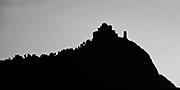 Mountaintop ruin in the Italian Alps // Een ruine op een bergtop in de Italiaanse Alpen.