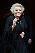 Nieuwjaarsontvangst voor Nederlandse genodigden op het Koninklijk Paleis op de Dam.<br /> <br /> op de foto:  Prinses Beatrix