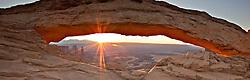 Mesa  Arch, surnirse, Canyonlands, National Park, Moab, Utah,