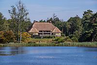 Valkenswaard  - clubhuis met Galgenven.  ,  Eindhovensche Golf Club.   COPYRIGHT KOEN SUYK