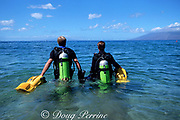 divers head out for beach dive, using underwater scooters to extend range, 4 Seasons Resort, Wailea, Maui, Hawaii, USA ( Central Pacific Ocean )