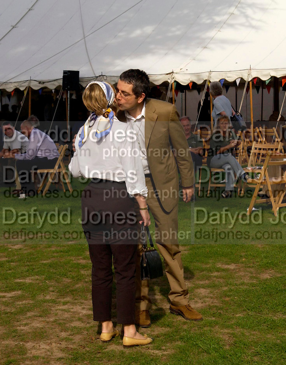 The Countess of March and Kirara and Rowan Atkinson, The Duke of Richmond and Gordon's X1 V The Earl of March and Kinrara's X1. Cricket match before the Goodwood Revival meeting, 2 September 2004. SUPPLIED FOR ONE-TIME USE ONLY-DO NOT ARCHIVE. © Copyright Photograph by Dafydd Jones 66 Stockwell Park Rd. London SW9 0DA Tel 020 7733 0108 www.dafjones.com